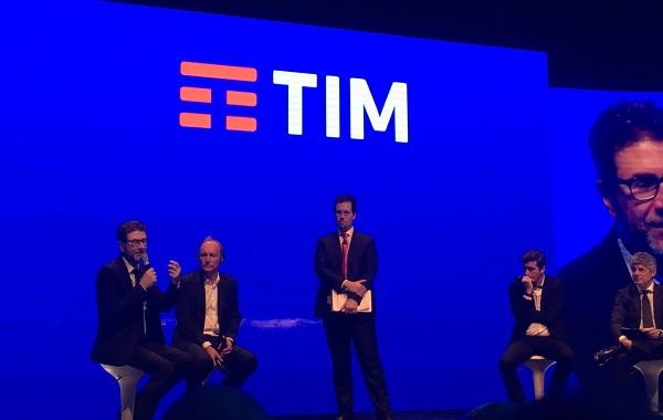 Presentazione nuovo logo TIM